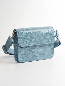Hvisk Cayman Shiny Strap Bag baby blue 스트랩크로스백